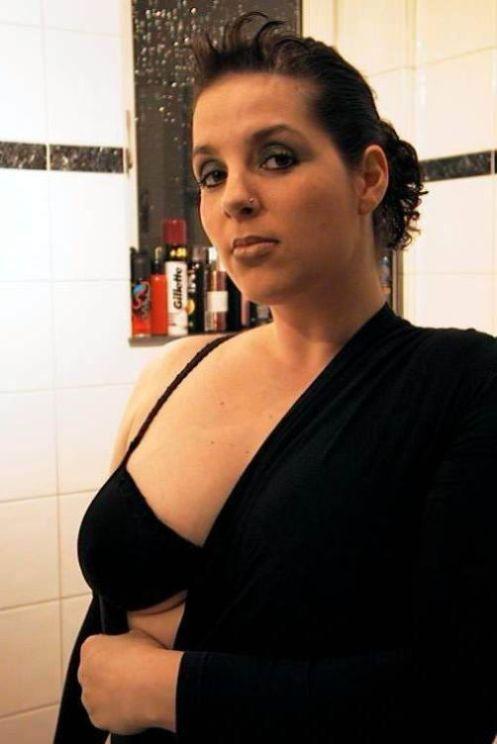 private Erotikanzeogen von dicken Frauen